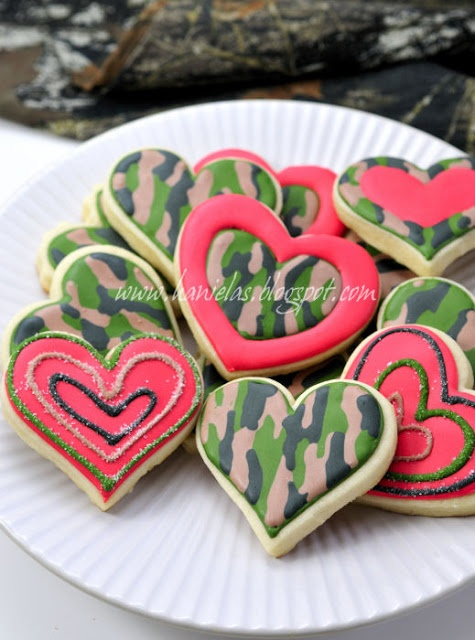 Haniela's: ~Hunting and Fishing Valentine's Day Cookies~ camo pattern