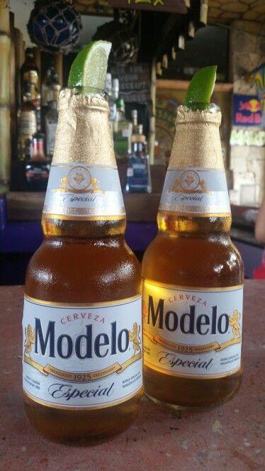 MODELO ESPECIAL - Playa del Carmen, Mexico
