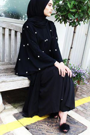 Barakah London, modern abaya, muslimah, abaya swag, gulf abaya