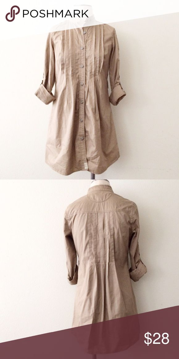 Khaki Shirt Dress Khaki shirt dress. Size small. Fits up to size 4-6. Thick 100% cotton. Features belt loops but did not come with belt. Brand: Converse. Listed for exposure. GAP Dresses
