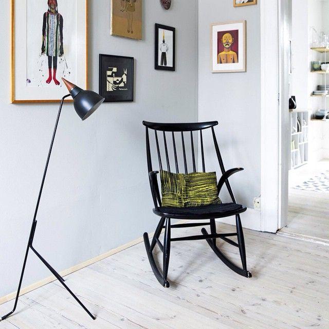BINNENKIJKEN O Een Fijn Hoekje Om Beetje Te Lummelen En Schommelen Meer Op Vtwonen Scandinavian ApartmentApartment DesignBlog DesignsInterior