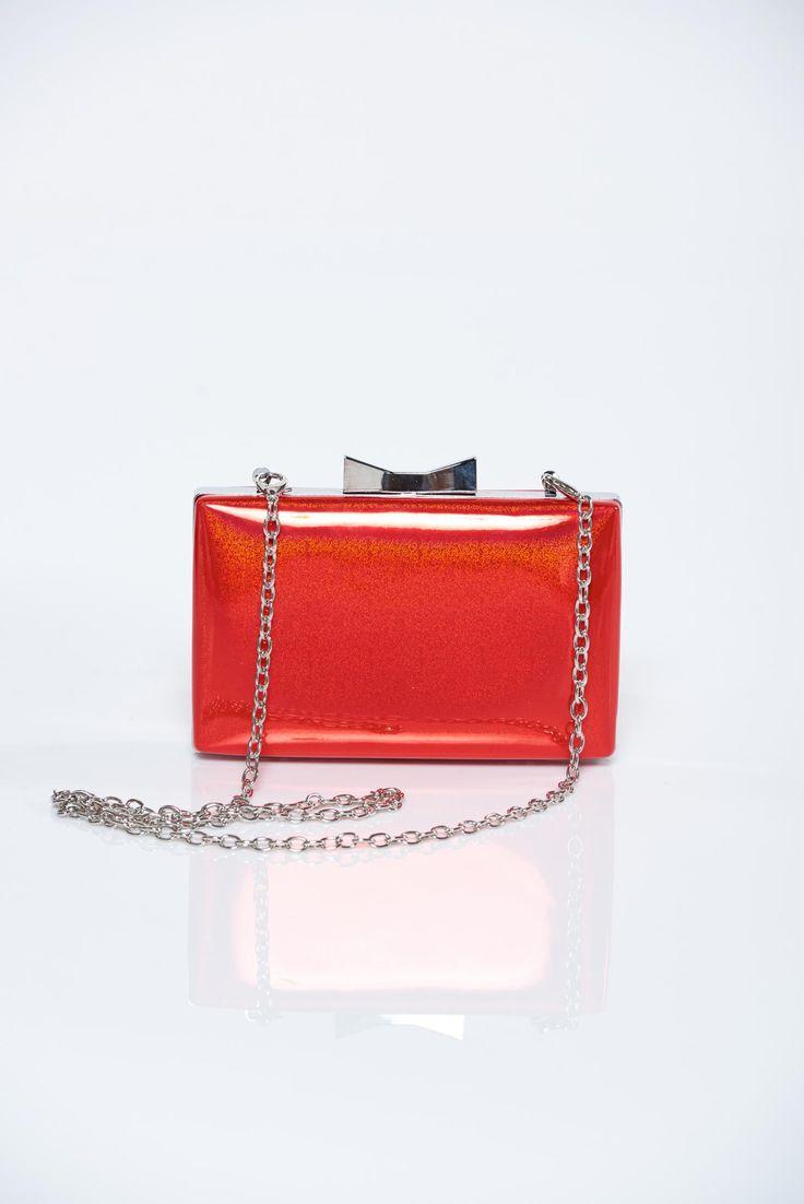 Comanda online, Geanta dama eleganta rosie accesorizata cu lant metalic. Articole masurate, calitate garantata!