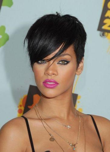Strange 1000 Ideas About Rihanna Short Haircut On Pinterest Black Bob Short Hairstyles For Black Women Fulllsitofus