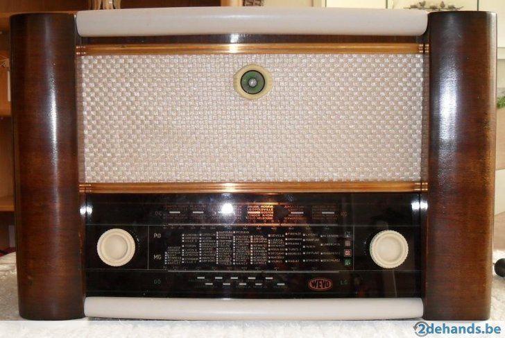 Antieke Radio Wevo 452