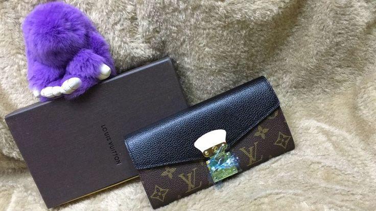 CARTEIRA LOUIS VUITTON Compre pelo site. WWW.REPLICASDEBOLSA.COM.BR  TODAS AS CORES. 👜🛍 CONFIRA!  Parcele em até 12x no cartão, ou à vista com 12% de desconto.  DÚVIDAS WHASAPP: 11-96344-2410  #bolsas #famosas #grifes #moda #famosas #luxo #bolsasdegrifes #oqueusar #comqueroupa #mulheres #modafeminina #bag #comprar #lojavirtual #mulher #vip #glamour #riqueza #gatas #loiras #morenas #bonitas #mulheresbonitas #shopping #insta #blog #iguatemi #amaisbela #like #instagram
