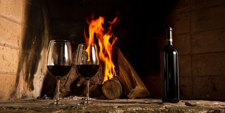 Ramonage : Le temps est venu de s'élever en rampant et de se salir les genoux pour éviter que la cheminée flambe http://www.blog-habitat-durable.com/ramonage-le-temps-est-venu-de-selever-en-rampant-et-de-se-salir-les-genoux-pour-eviter-que-la-cheminee-flambe/