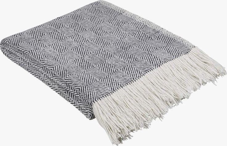Ephedra | Viltit, huovat ja päiväpeitot | Tekstiilit | Olohuone | Habitat