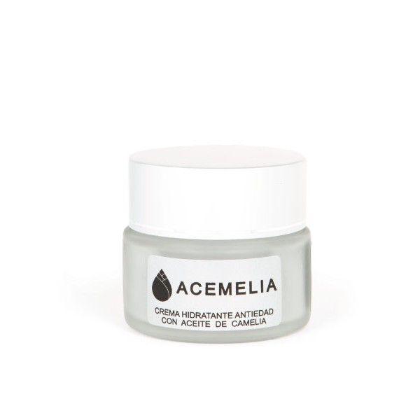 Crema facial antiedad con aceite de camelia y ácido hialurónico. Ideal para pieles secas y deshidratadas.