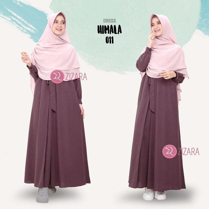 Gamis Zizara Himala Dress 011 - baju muslim wanita baju muslimah Kini hadir untukmu yang cantik syari dan trendy . . DETAIL DRESS: 1. Bahan katun supernova 2. Cutting pinggang 3. Tanpa karet 4. Saku kanan dan kiri 5. Rok model lipit 1 ditengah dengan aksen tali yang diikat ke depan 6. Lengan manset 7. Lebar rok kurang lebih 2 m . . Size Chart (S) LD 98 PB 135 (M) LD 100 PB 137 (L) LD 104 PB 140 (XL) LD 110 PB 142 . . Harga Rp 175.000 (gamis saja) . . www.facebook.com/gamiszizara…