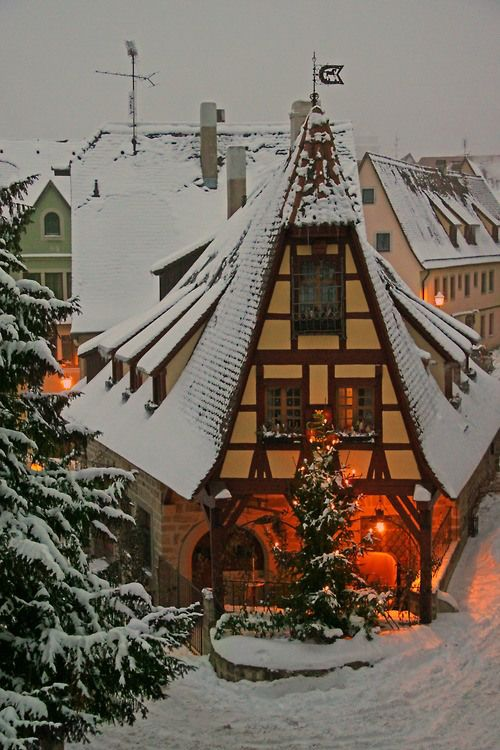 gyclli:  Rothenburg o.d.T.: A house in the snow Bavaria  /Germany…