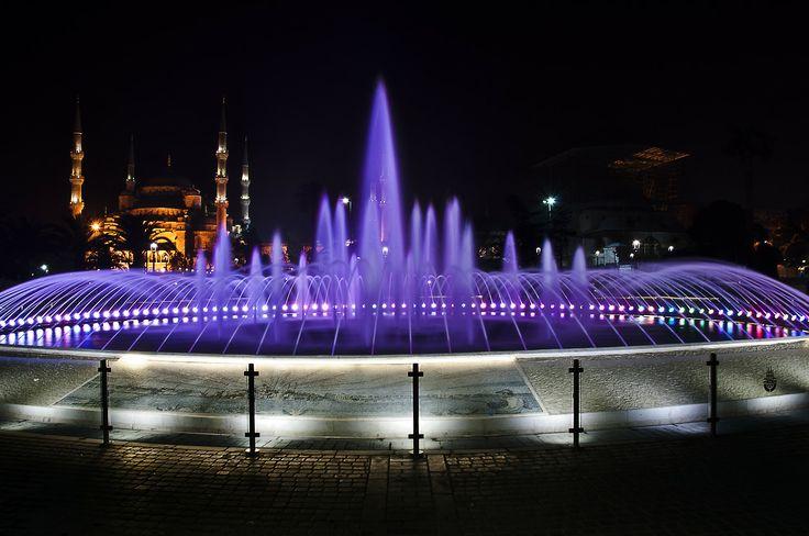 #SultanAhmetCamii #BlueMosque - @ Ayasofya #HagiaSophia Meydanı, İstanbul, Turkey