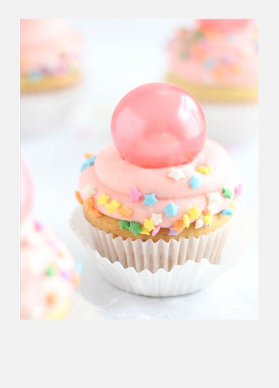 Bubble Gum Frosting Cupcakes with Gelatin Bubbles recipe from @sprinklebakes