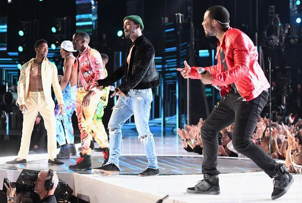 Algee Smith Photos Photos - The adult cast of 'The New Edition Story' peforms onstage at 2017 BET Awards at Microsoft Theater on June 25, 2017 in Los Angeles, California. - 2017 BET Awards - Roaming Show