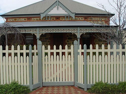 17 best images about craftsman exterior ideas on pinterest Tudor style fence
