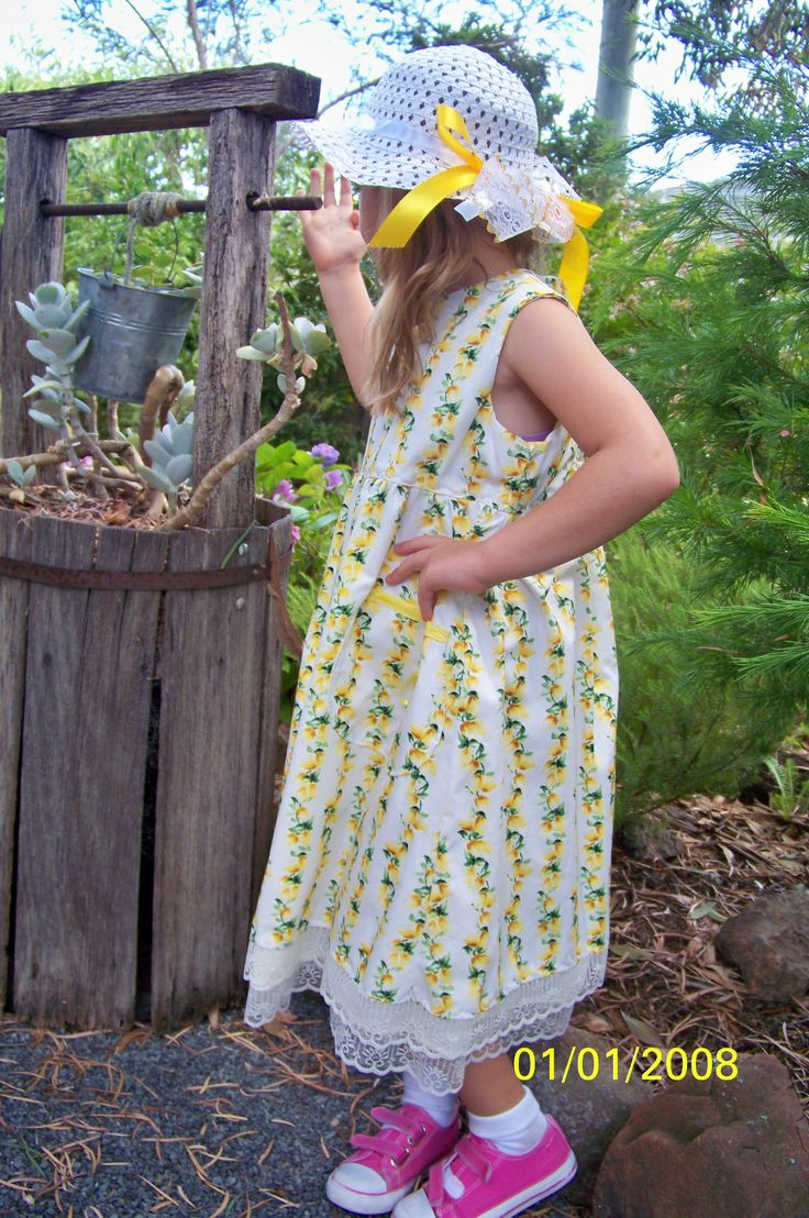 size 5 vintage dress with matching hat