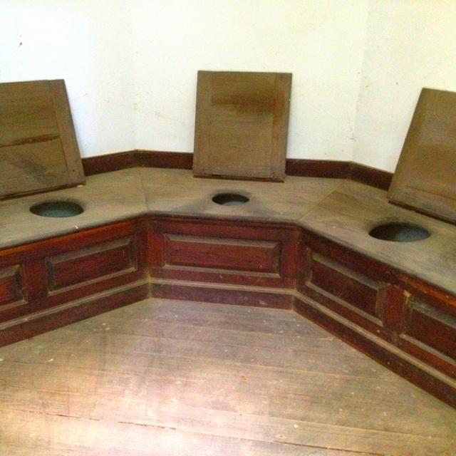 Squat Toilet Minimalist Bathroom: Toilets In George Washington's Home