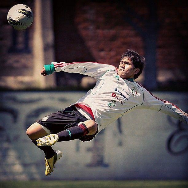 Julio Gómez durante el entrenamiento de la Sub20  #seleccionmexicana #mexico #futbol #soccer #sports