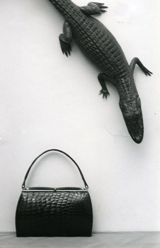 Laukkumuotia 1960-luvulta #käsilaukut #handbag #fashion