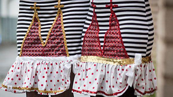 Jeck Jewand – Karnevalskostüme aus Köln Sülz – Kleid und Shirt mit Dom, Faschingskostüme, Karnevalsladen, Karnevalsshop, ausgefallene Kostüme, Mottoparty