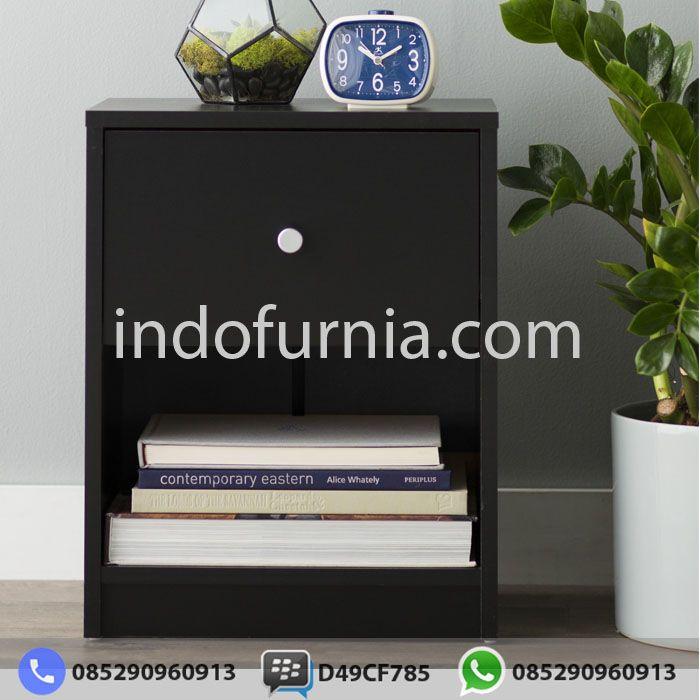 Jual Nakas Minimalis NK-03  Kami dari Perusahaan Indofurnia memberikan penawaran untuk Anda mengenai desain Nakas Minimalis dengan Berbagai Model Modern dan harga yang sangat terjangkau tentunya sangat cocok untuk kamar Anda.