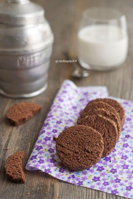 Biscotti con farina di riso, cacao e caffè