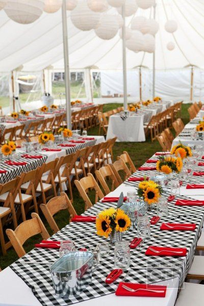 A lobster feed for a Rehearsal dinner, such a great treat for out of town guests. Love the black & white gingham check table cloths!