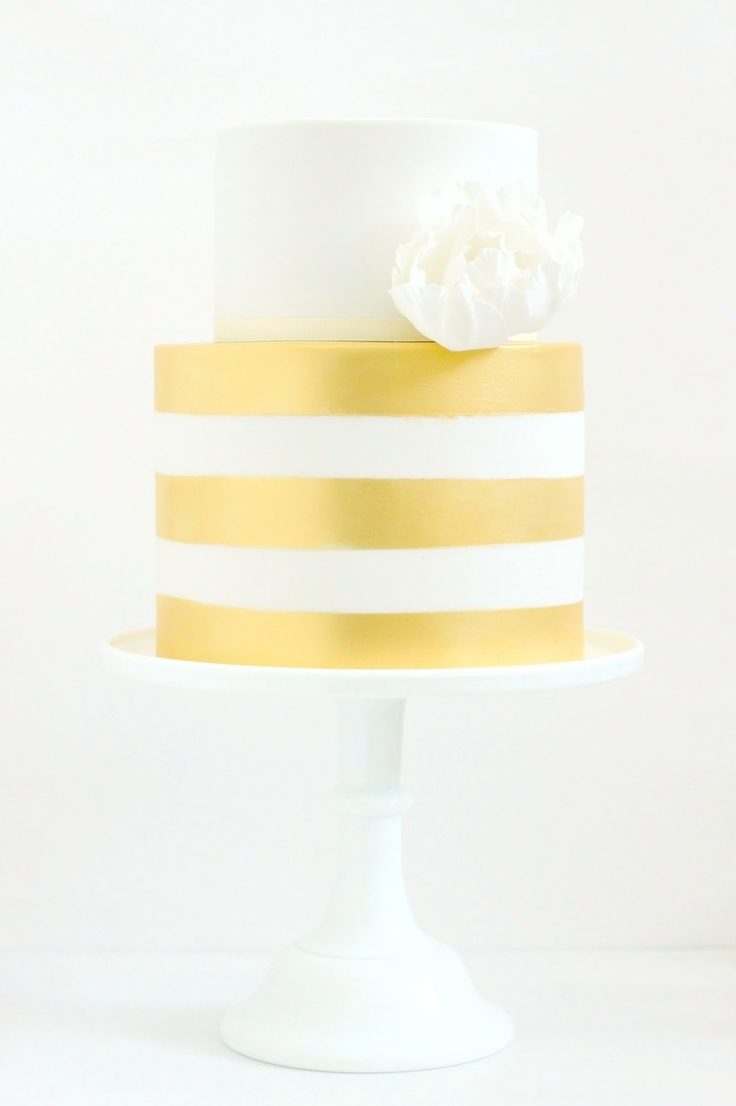 Gold stripes! hello naomi cakes - we love gilded ANYTHING!
