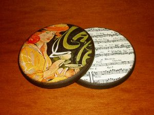 "Cafe d'un autre temps: ""Art Nouveau"" style set of 2 wooden coasters.  Crafted using decoupage technique, painted with acrylic paints and covered with acrylic varnish."