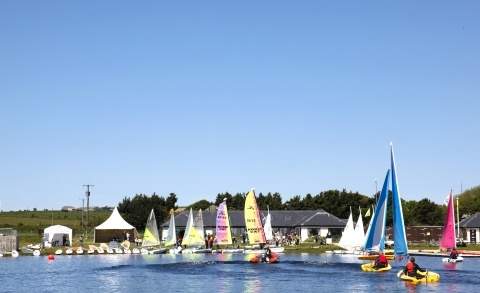 Stithians Lake, a place to discover, watersports, great cafe or just a gentle stroll along the pathways.
