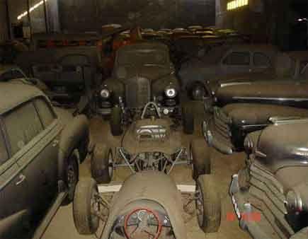 Cars found in Portugal barn 1