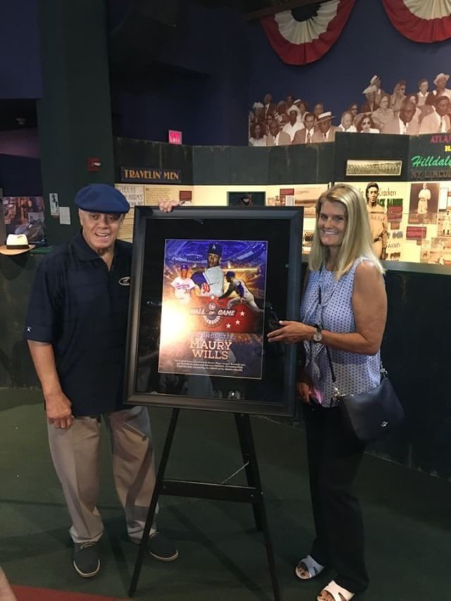 """Maury Wills is inducted into the Negro Leagues Baseball Museum """"Hall of Game"""" in Kansas City"""