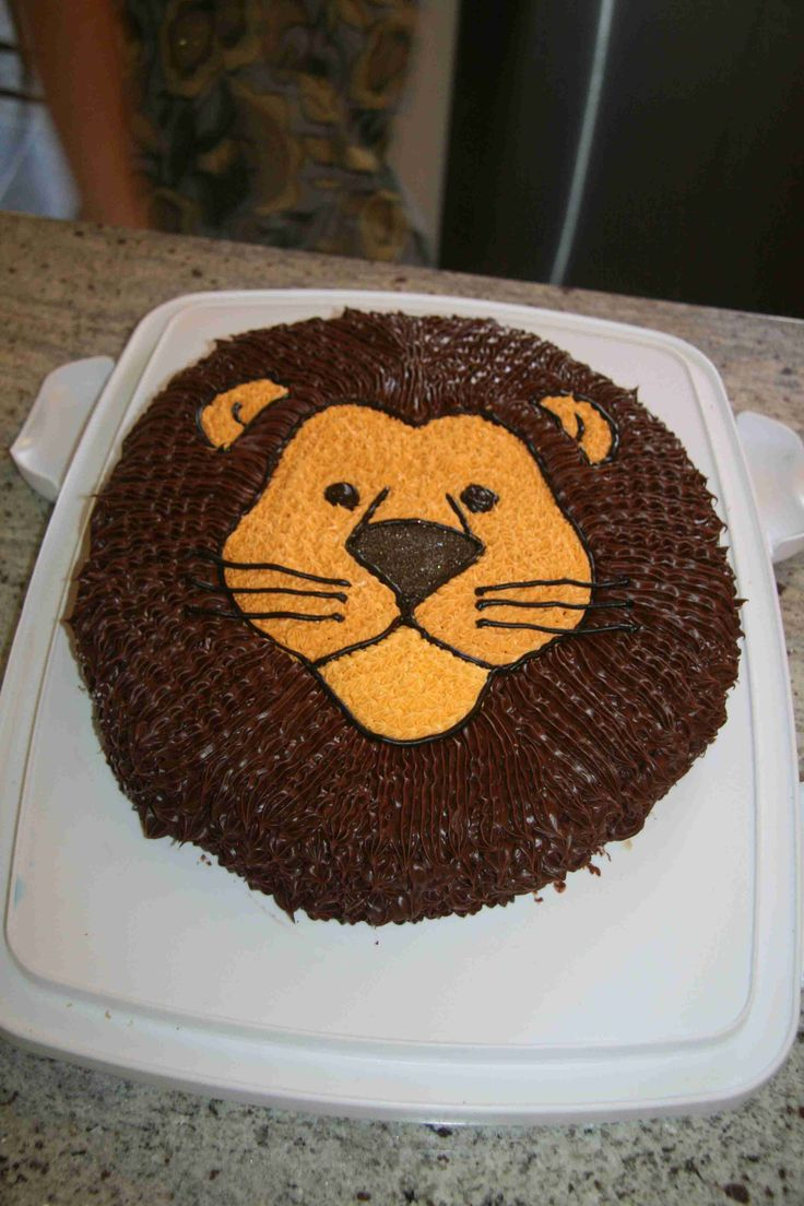 The 25 best Lion cakes ideas on Pinterest Lion birthday cakes