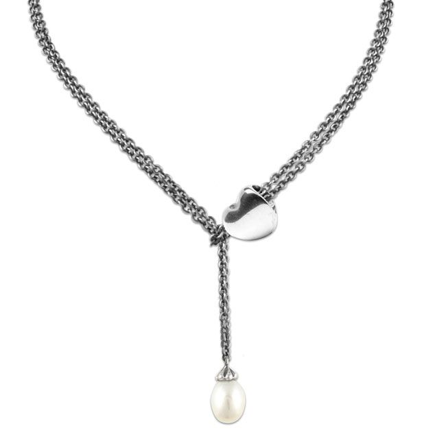 Endless Love Necklace - have got to get me one of these pearl necklaces (some day).