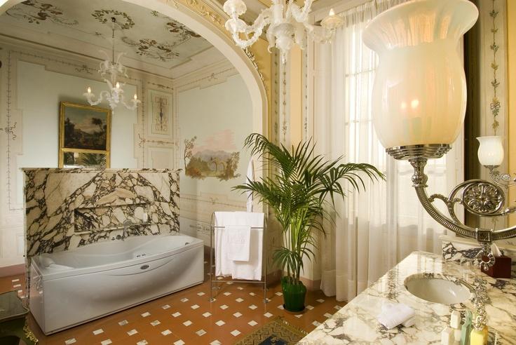 Bathroom - Junior Suite Villa Olmi