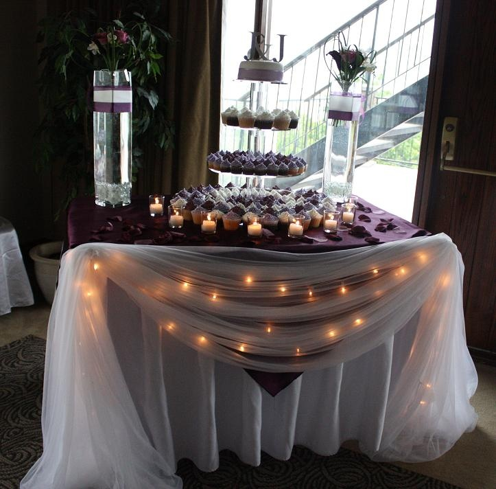 wedding cake table with lights ooohhh the lights the shear pretty cake table 26202