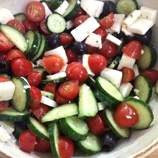 Salada grega: melhor receita para os dias quentes