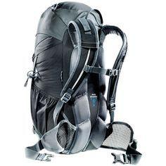 Sac à dos ACT Trail 30 de Deuter (Unisexe) > Mountain Equipment Co-op. Livraison gratuite disponible