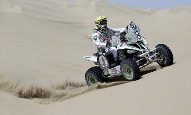 Ignacio Casale llega segundo en la quinta etapa alargando distancia