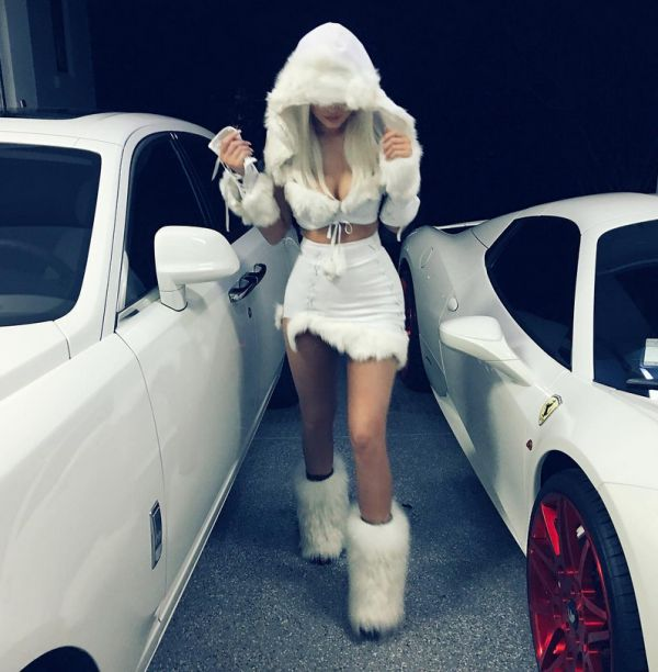 """Dear Kylie Jenner, I read that you dressed up as an """"Eskimo"""" for Halloween. Predictable, people freaked out, saying youwere polit"""