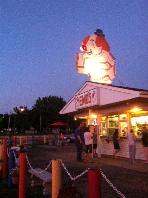 Emo's Dairy Mart, legendary ice cream shoppe in Peoria, Illinois