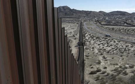How Trump's plan to pay for Mexico border wall would work | Loads Life