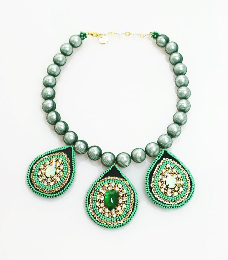 Elizabeth Wahyu Accessories        Made with natural stone, crystal beads, pearl   #necklace #jewellery #accessories  #beaded #beads #handmade #bauble #stone  www.elizabethwahyuaccesories.com