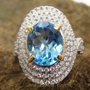 Woman Swiss Blue Topaz Ring M (UK) untuk Istri Tersayang