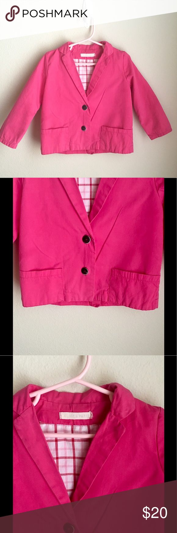 Beautiful Alice In Paris Girls Blazer Straight from France 🇫🇷! This adorable Alice In Paris girls blazer was purchased in Paris in 2013. My daughter has worn in probably a dozen times. We have received so many compliments on it. It is is gently used condition.  For sale only. No trades. I am happy to combine shipping with other items. Alice In Paris Jackets & Coats Blazers