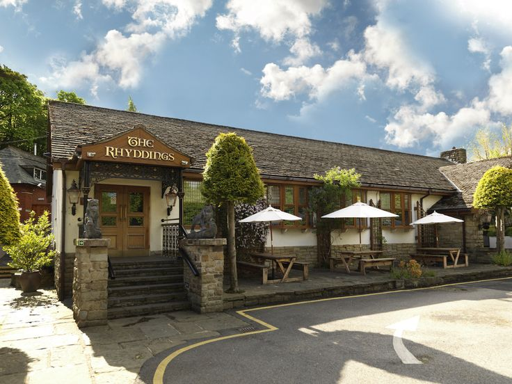 Nestled In Rochdale The Royal Toby Hotel Is A Charming Wedding Venue Greater Manchester