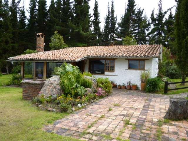Casa campestre rustica en ubate casas maison y ch teau for Casas campestres rusticas