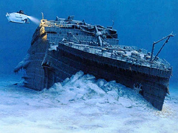 Discovering the sunken skeleton of the #TitanicUnderwater Photos, The Mars, The Ocean, Holiday Destinations, Undersea, Rms Titanic, Rare Photos, The Buckets Lists, Under Sea