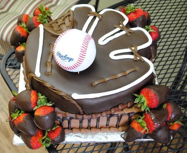 baseball grooms cake for drew since we both actually love baseball hes groom