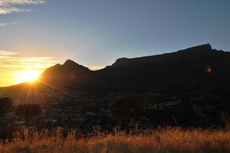 Signal Hill sunrise (Cape Town, Table Mountain)