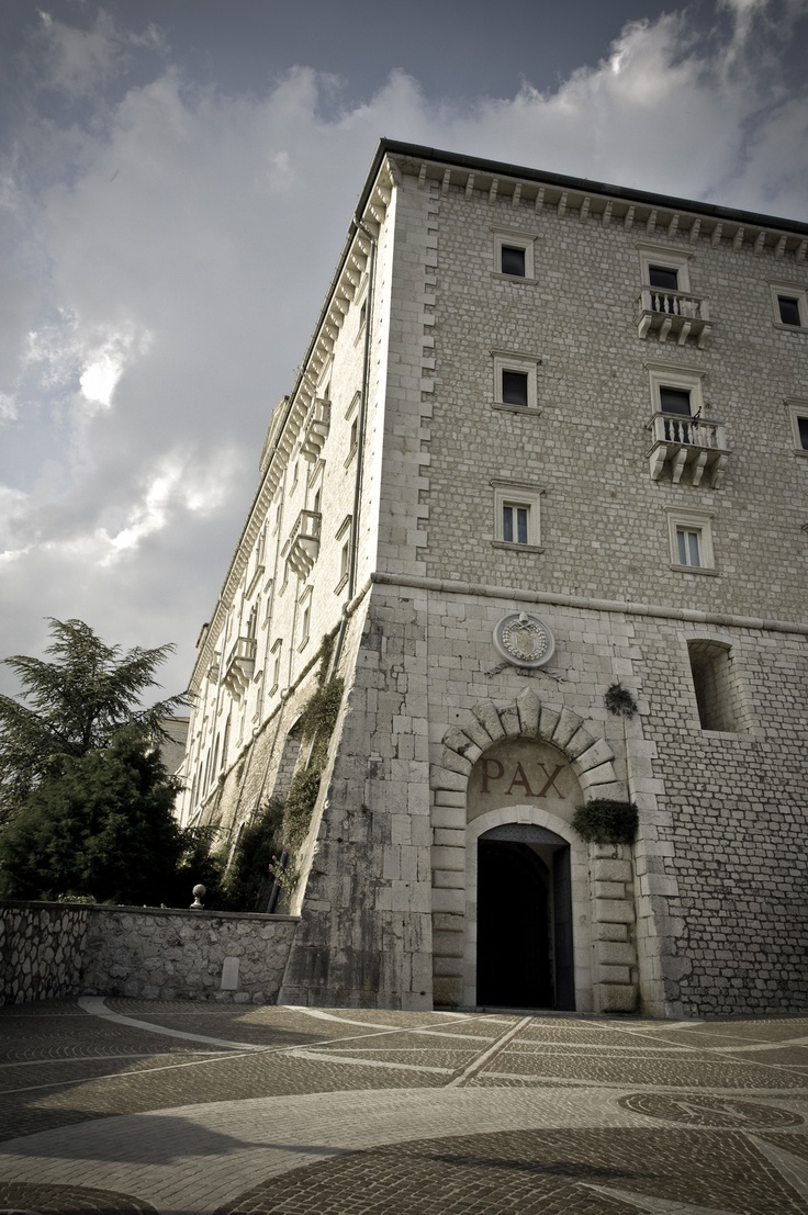 Montecassino.... Entrance